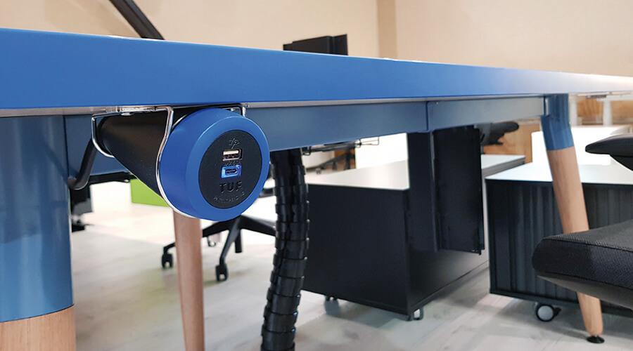 Pendulum-Blue-OE-Elsafe-TUF-USB-Charger